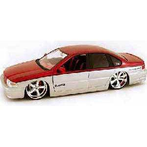 Chevy Impala SS Red-Silver (1/18)